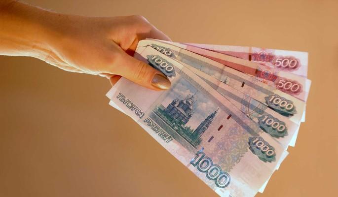 Россияне вынуждены брать микрозаймы из-за нехватки денег на еду – депутат Ганзя