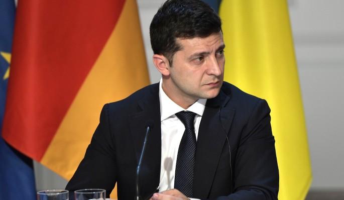 Партия Порошенко требует выселить Зеленского с президентской дачи