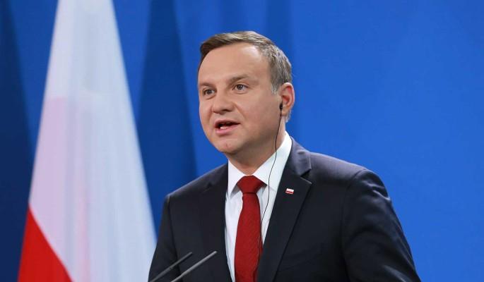 'Закомплексованность дает плоды': в Госдуме ответили президенту Польши на слова о 'ненормальной' России