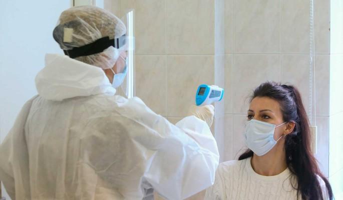 В России за сутки коронавирусом заразились 11 тысяч человек