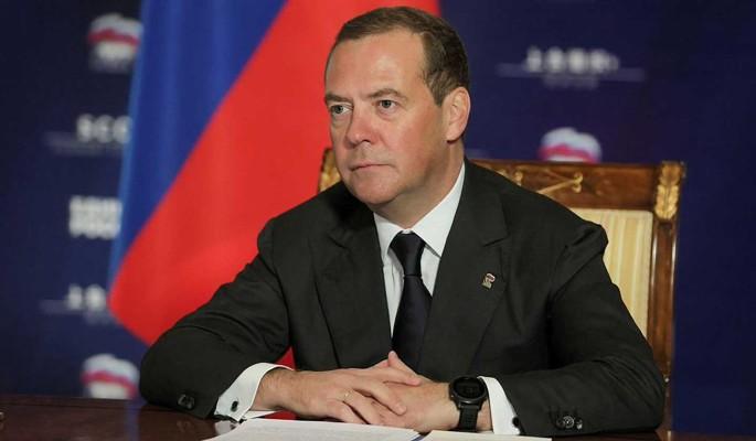 Медведев ответил на оскорбление Байдена в адрес Путина: Время его не пощадило