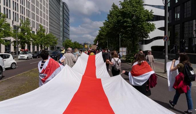 Оппозиция пишет для Белоруссии альтернативную конституцию