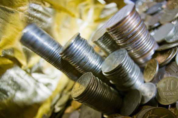 Банки передали коллекторам рекордную сумму 'плохих' кредитов