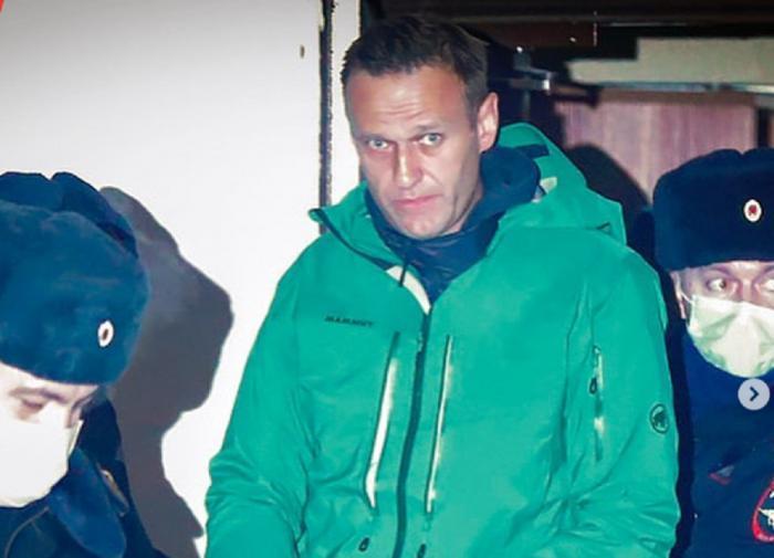 Навальный потерял статус 'узника совести'
