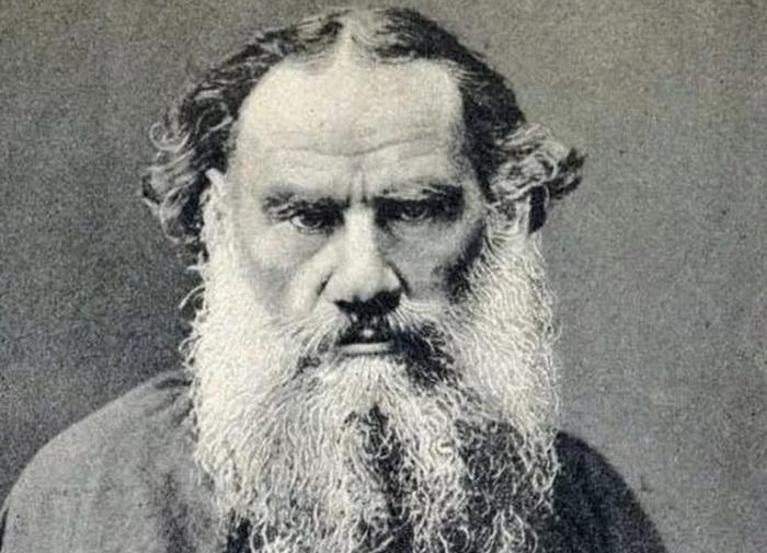 Почему Льву Толстому так и не дали Нобелевскую премию