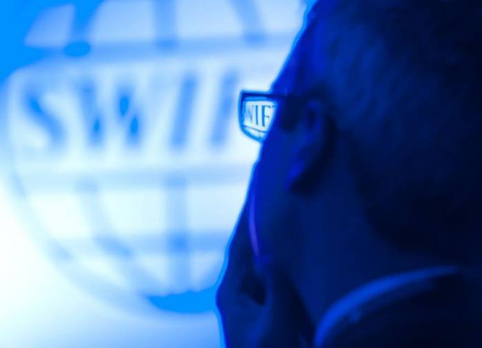 МИД предполагает вероятность включения SWIFT в санкционную спираль