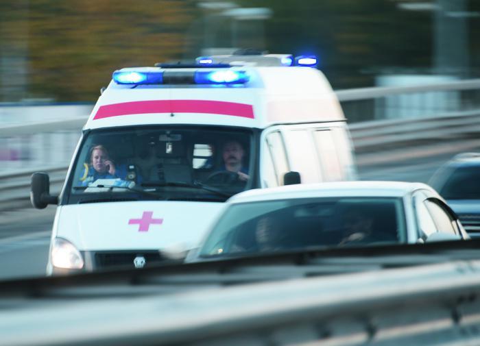 Девушка, делая селфи, погибла при падении с моста в Калининграде
