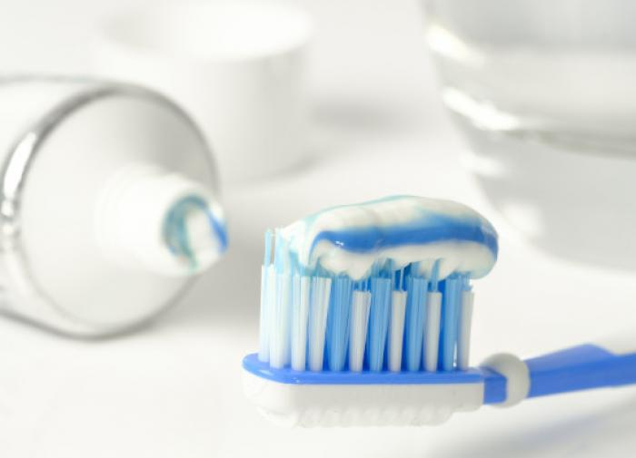 Не только для зубов: в Сети раскрыли хитрости с использованием зубной пасты