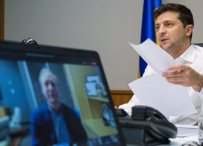 'Потом всё остальное': Зеленский объяснил МВФ, как работать с Украиной