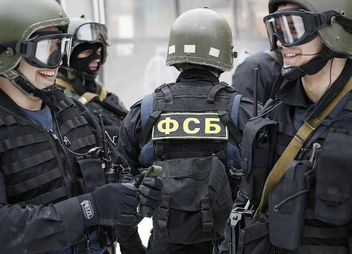 Двух сотрудников Минпромторга заподозрили во взятке