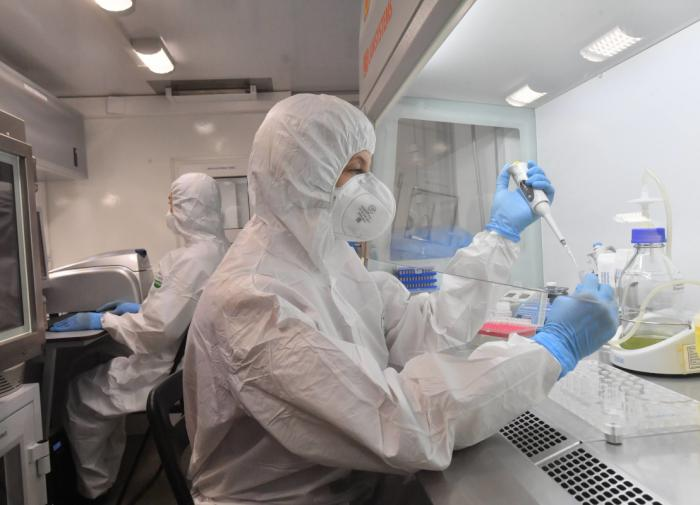 В Китае начали брать анальные мазки на COVID-19