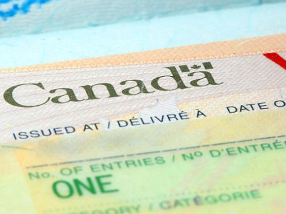 Россия объявила невъездными девятерых граждан Канады, включая генпрокурора и начальницу конной полиции