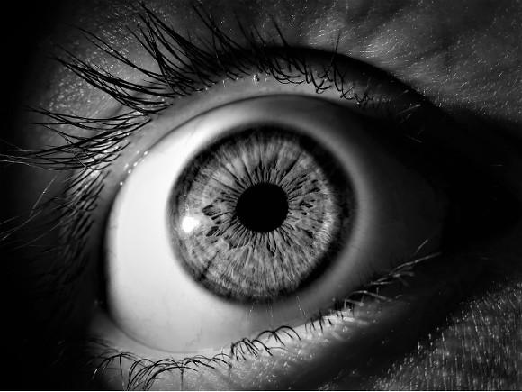Слышавший «голоса» москвич пришел к храму и выдавил себе глаза