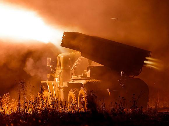 Стрелков считает, что война между Россией и Украиной может начаться в апреле