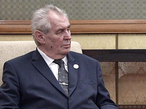 Президент Чехии рассказал о роли России во взрывах на складах в Врбетице