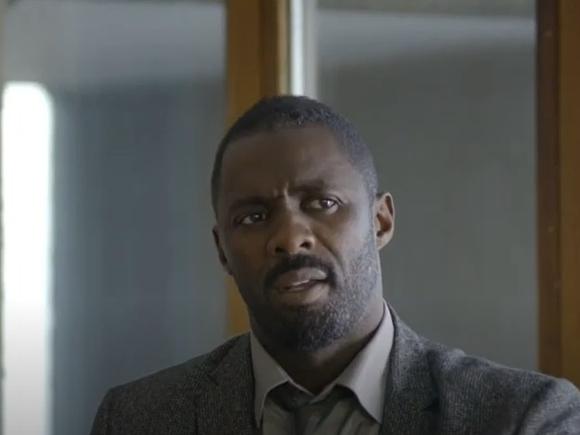 «Черный, а ведет себя как белый»: персонажа британского сериала раскритиковали за оторванность от корней