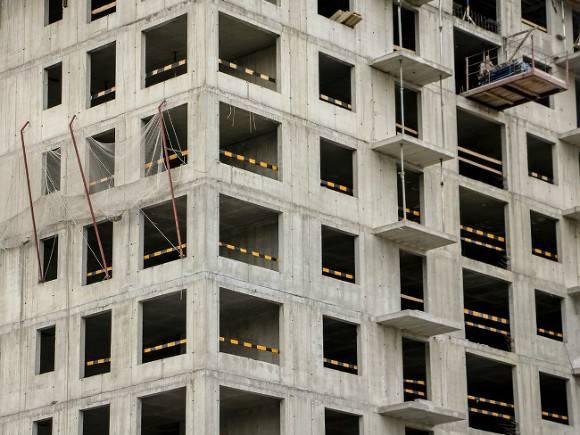 Зеленский анонсировал строительство 500 квартир для крымских татар