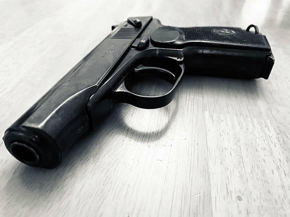 В Новосибирской области полицейский «случайно» выстрелил молодому человеку в голову (фото)