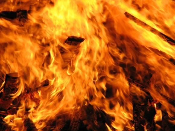 В Иркутской области сгорели два многоквартирных дома