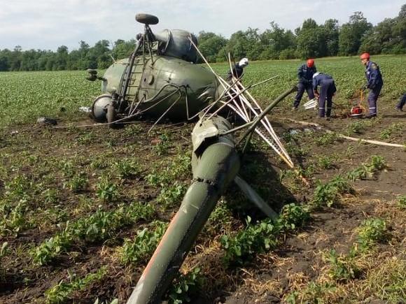 На Кубани разбился вертолет, пилот погиб
