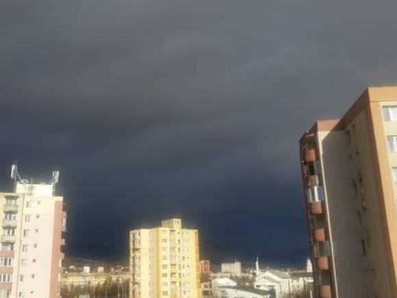 В Москве будет облачно, возможны грозы