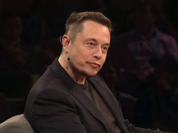 Минус $15,2 млрд за сутки: Илон Маск больше не самый богатый человек в мире