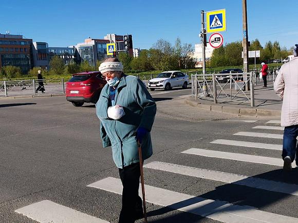 В России снова выросло суточное число заболевших и умерших от ковида