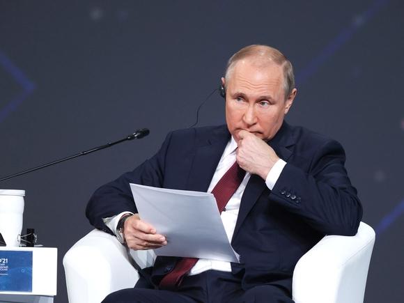 Путин считает, что оппозиция в России работает открыто