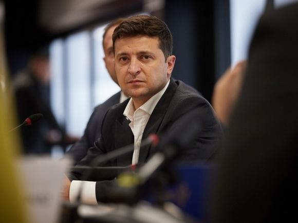 Байден заверил Зеленского, что Украина не останется один на один с российской агрессией