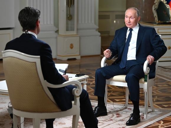 Во время интервью NBC Путин попросил не «затыкать ему рот»