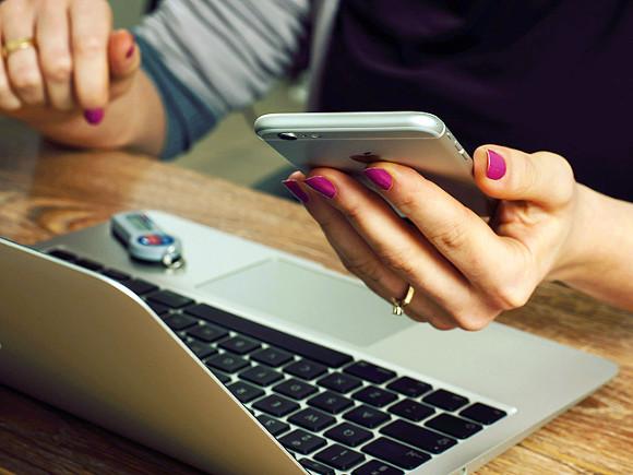 В электронных публичных слушаниях за год приняли участие около 450 тыс. москвичей