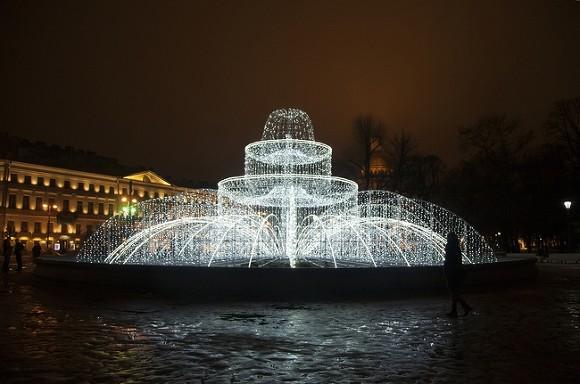 В Петербурге открылся сезон фонтанов
