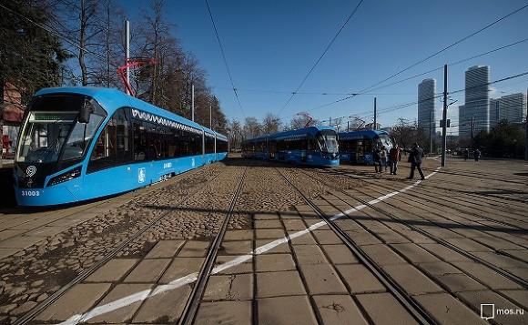 На юге Москвы прервано движение трамваев после ДТП на путях