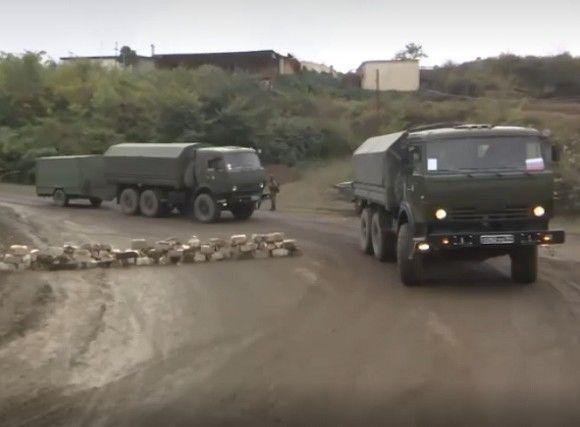 В Нагорном Карабахе подорвался автомобиль с российскими миротворцами
