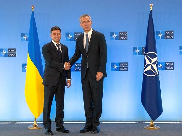 Столтенберг объяснил, почему Украину пока не приняли в НАТО