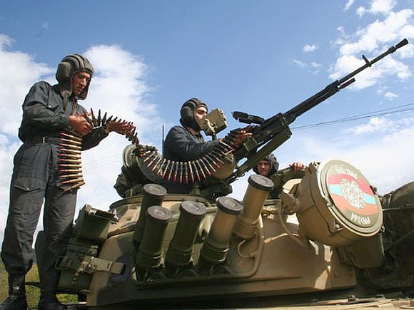 Военного вооруженных сил Армении убили на границе с Азербайджаном