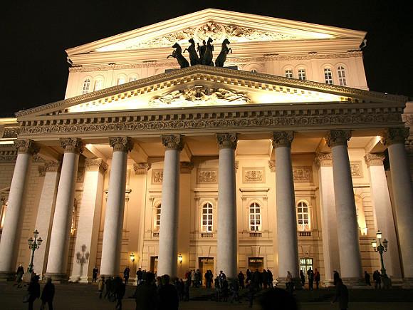 Опрос: Около четверти россиян никогда не были в театре