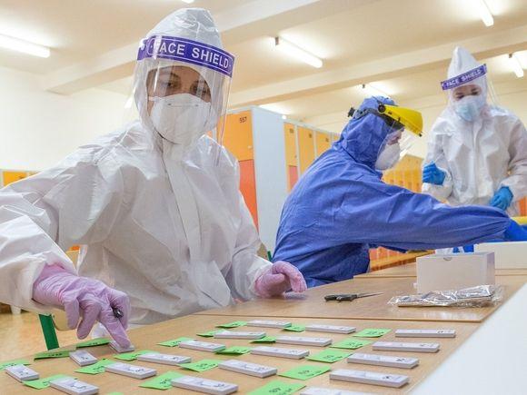 Число заразившихся COVID-19 в США превысило 29 млн