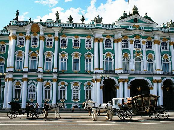 Петербуржцам советуют взять зонт