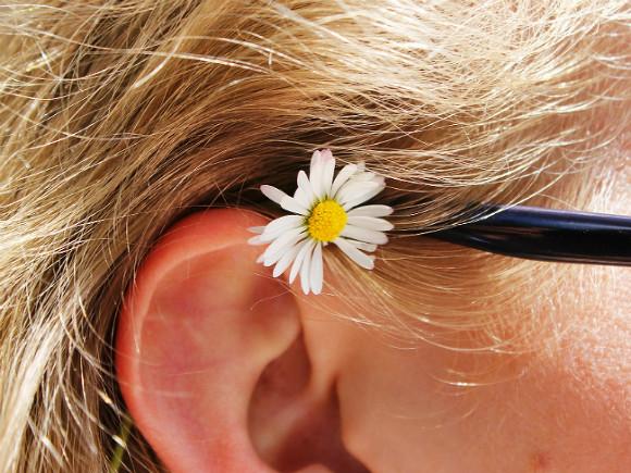 Невролог: Звон в ушах может быть признаком серьезных болезней