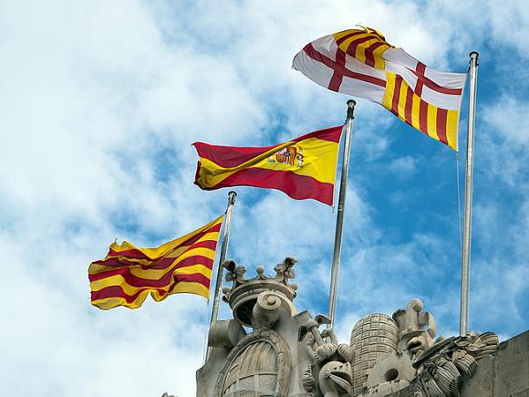Премьер Испании объявил об отмене масочного режима
