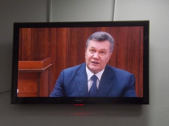 Зеленский наложил на Януковича и Поклонскую «максимальные санкции»