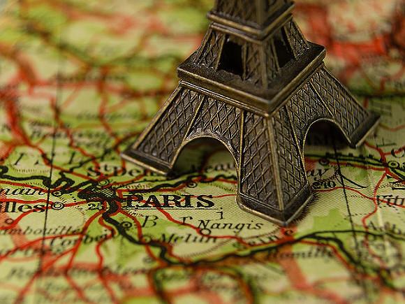 В Париже неизвестный стрелок атаковал людей у больницы