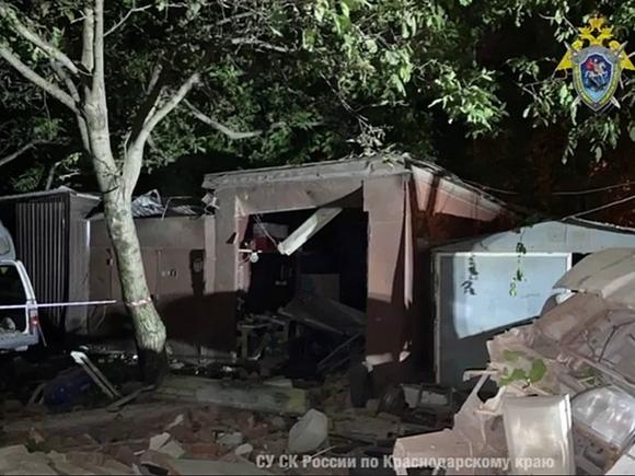 Пострадавшие при взрыве в гараже остаются в реанимации больницы Краснодара