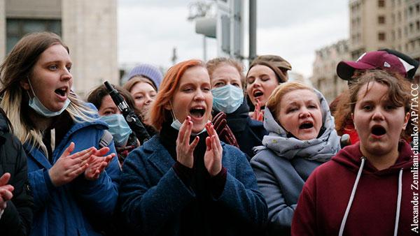 Мнения: Самолет за Навальным из Рио-де-Жанейро не прилетел