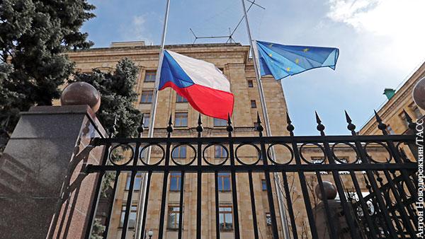 В мире: Зачем Чехия требует от Москвы невозможного