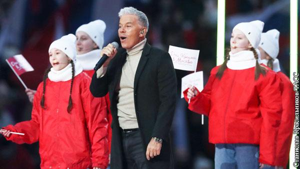 В Лужниках начался концерт в честь годовщины воссоединения Крыма с Россией
