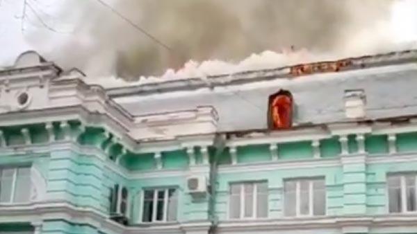 Появились видео операции во время пожара в кардиоцентре в Благовещенске