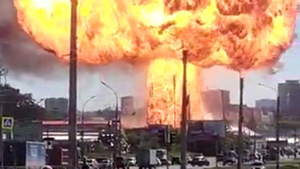 При пожаре на АЗС в Новосибирске пострадали шесть человек