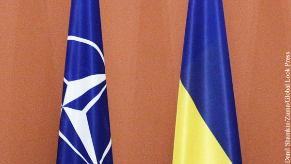 Байден велел просящейся в НАТО Украине избавиться от коррупции